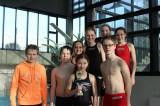 hinten von links: Alexander Meng, Patrik Koptik, Sarah Pflüger, Julia Drung, Mona Maurer, Nicole Carmosin  vorne: Finja Maurer mit Pokal für Platz 2 und Jan Müller.